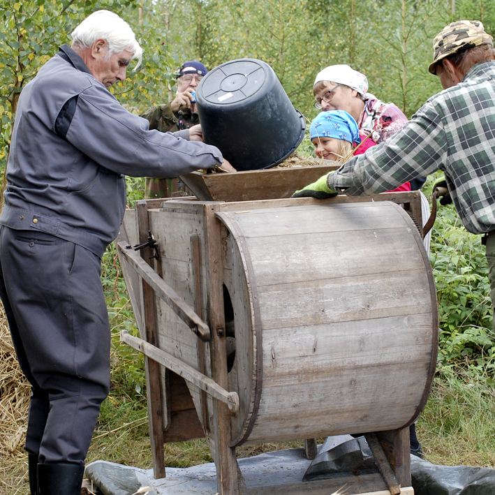 Viskurin käyttöä riihellä 2014